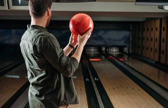 Average bowling score