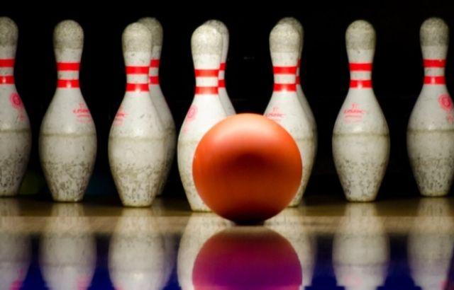 Best bowling average