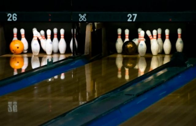 Bowling ball weight vs speed