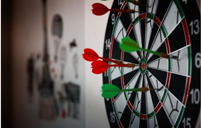 Dart board dimensions and sizes