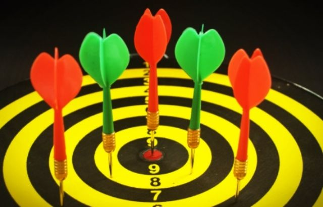 Dartboard height and distance
