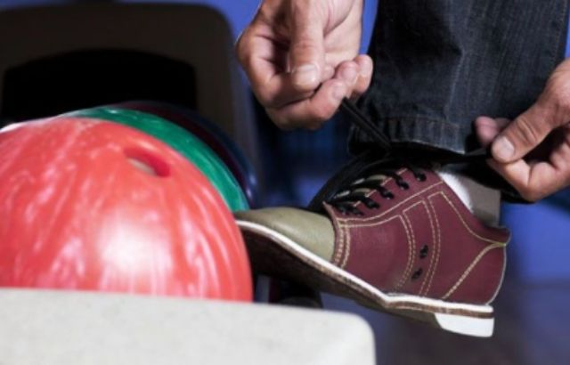 Mens Bowling Shoes