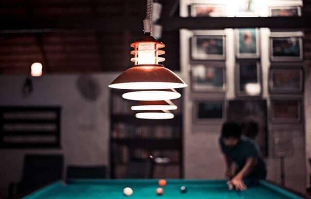 best light bulb for pool table