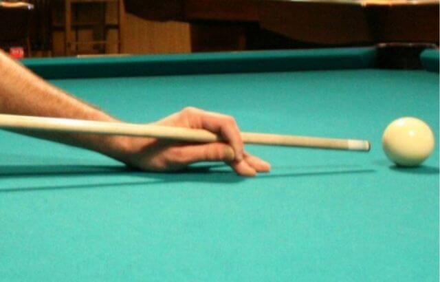 How to Hold a Pool Stick