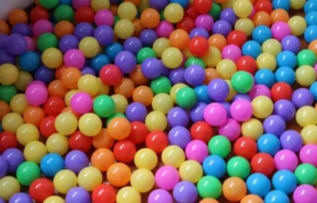 How to make a Foam ball pit