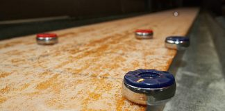 What should I Look for When Buying Shuffleboard Table